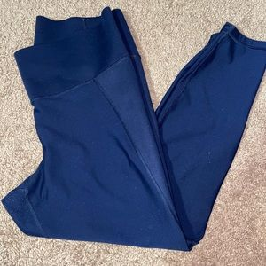 High waisted Old navy compression 7/8 yoga pants